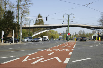 Bicycle path and traffic lane