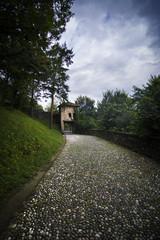 sentiero al castello