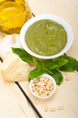 Italian basil pesto sauce ingredients