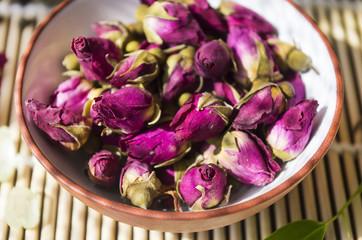 buds of tea roses