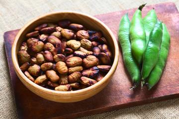 Roasted broad beans (lat. Vicia faba)
