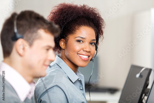 Customer Service Representative Working In Office - 81967211