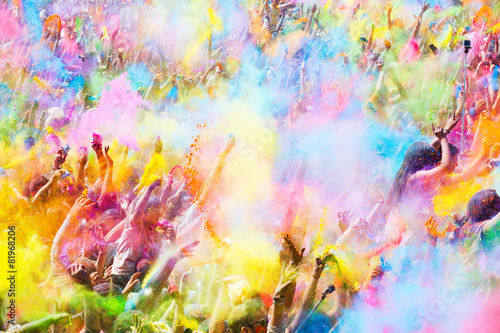 Leinwanddruck Bild Happy people during   Festival of colours Holi