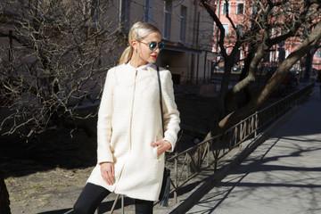 Young fashion business woman