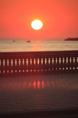 Toscana,tramonto sul mare.