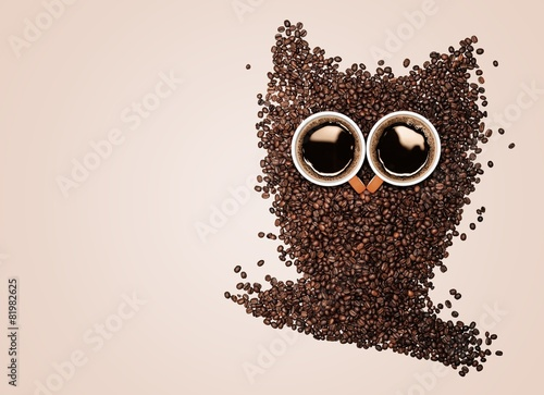 Owl. Conceptual owl made with coffee beans and cups - 81982625