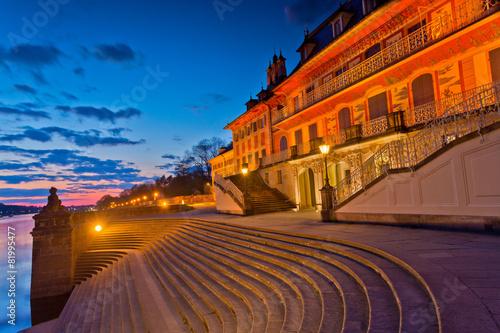 Schloss Pillnitz in Dresden - 81995477