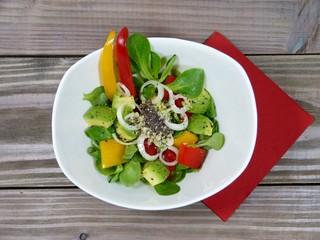 Feldsalat mit Paprika