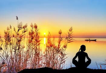 bienestar y relajacion en el lago