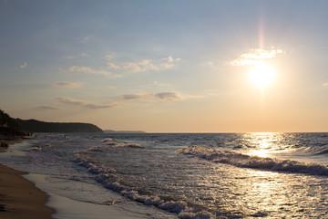 Пляж балтийского моря на закате