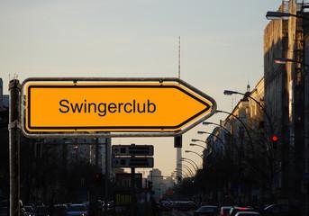 Strassenschild 37 - Swingerclub