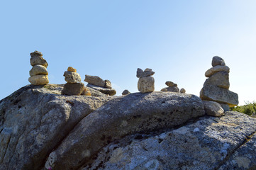 Stones balancing on top of Foia