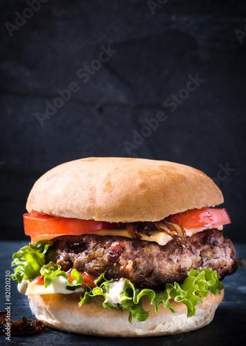 Fotobehang Restaurant Beef cheeseburger