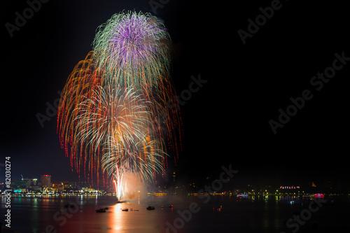 Foto op Aluminium Nacht snelweg Big fireworks over the skyline of downtown Pattaya, Thailand