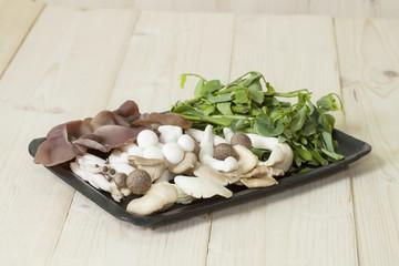 Food pack mushrooms and vegetable