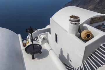 SANTORINI/GREECE 7TH NOVEMBER 2006 - Whitewash Houses overlookin
