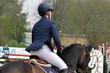 Auf dem Pferd reiten - 82049436