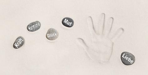 Heilung durch die Kraft der Hände: Steine für Kraft, Mut, Glück