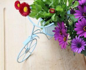 Dekoration Fahrrad mit Blumen