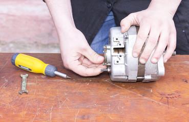 disassembling the carburetor