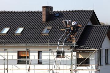 Dach, wymiana dachówki,roboty dekarskie.