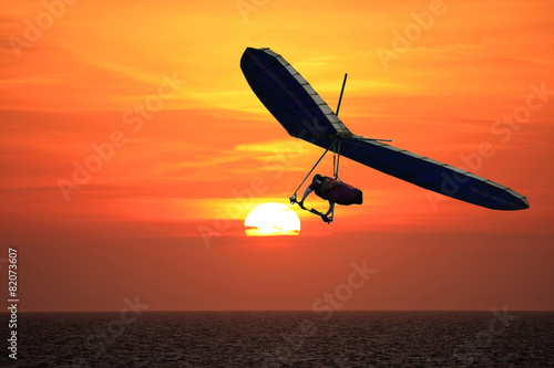 Hang Glider at sunset - 82073607