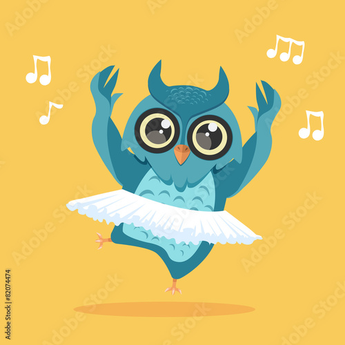 dancing owl - 82074474