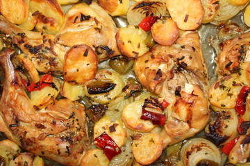 Baked chicken drumsticks with vegetables