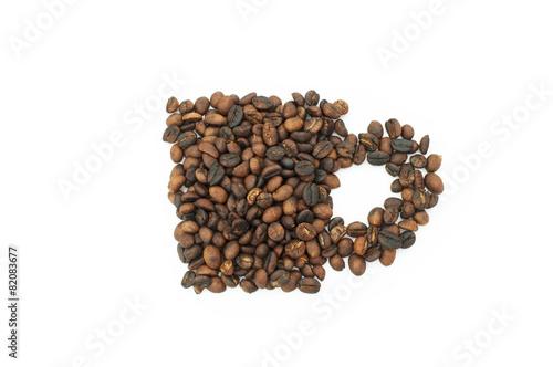 Fotobehang Koffiebonen Roasted coffee beans in shape of cup