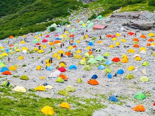 北アルプス涸沢のテント