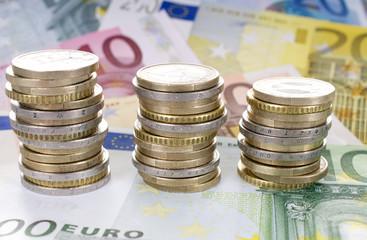 Eurostücke und Scheine