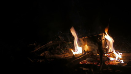 Cooking on the bonfire