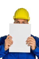 Handwerker mit leerem Blatt