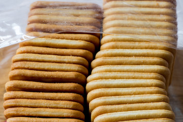 Packing cookie cracker