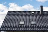 czarny dach