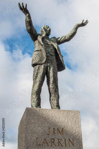 James (Jim) Larkin Statue O'Connell Street Dublin - 82120811