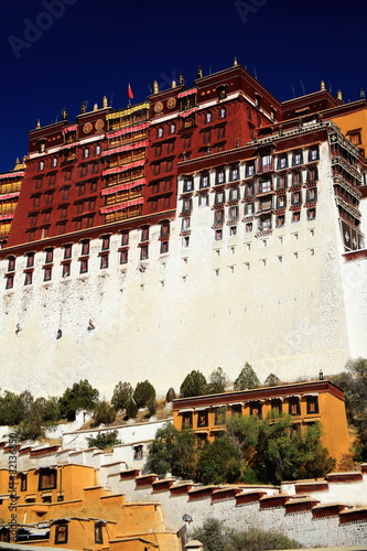 West wing Potala palace and surrounding wall. Lhasa-Tibet. 1370 - 82136850
