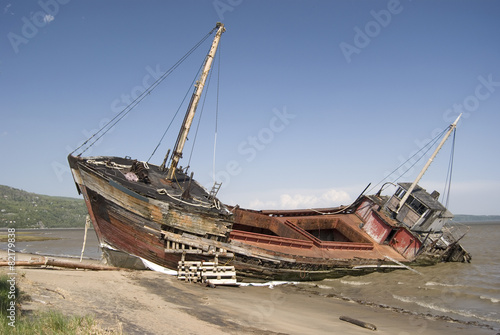 Full View of a Shipwreck on the Beach - 82179838