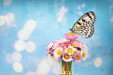 Blumenstrauss aus Gänseblümchen