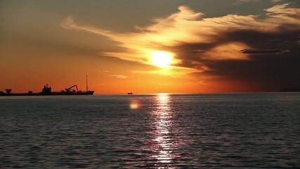Deniz ve Günbatımı