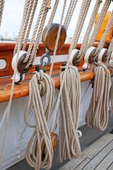 ship's masts