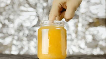 Finger in honey metaphor