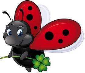 fliegender Marienkäfer mit Glücksklee