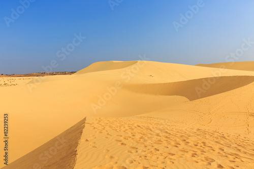 Fotobehang Woestijn white sand dune