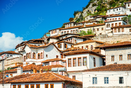 Leinwanddruck Bild Windows in Berat city