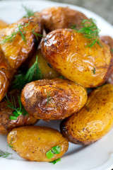 roasted new potatoes with dill and spring onions