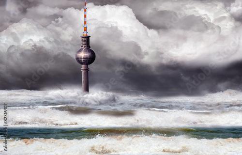Berliner Fernsehturm beim Weltuntergang, Sintflut in Deutschland