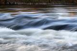 Fototapety reissender Fluss