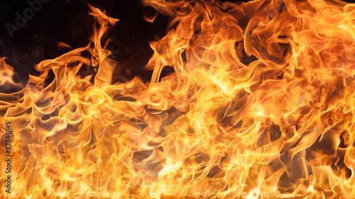 mata magnetyczna Płomienie ognia w tle