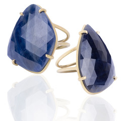Anelli con pietre blu